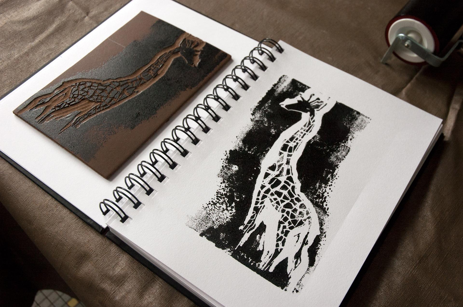 alcali-les-2-girafes-linogravure